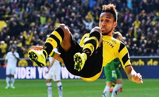 Aubameyang, Borussia Dortmund chica