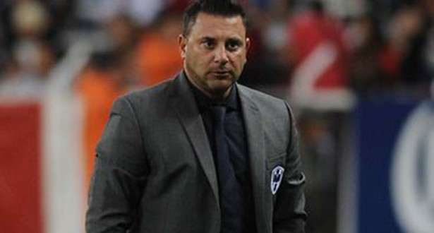 DT ANTONIO MOHAMED fastidio