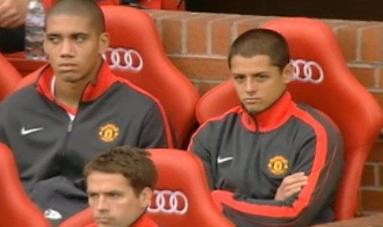 CHICHARITO banca Man U