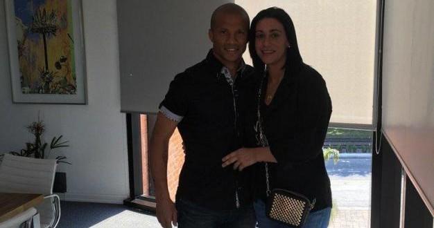 CARLOS SÁNCHEZ y esposa