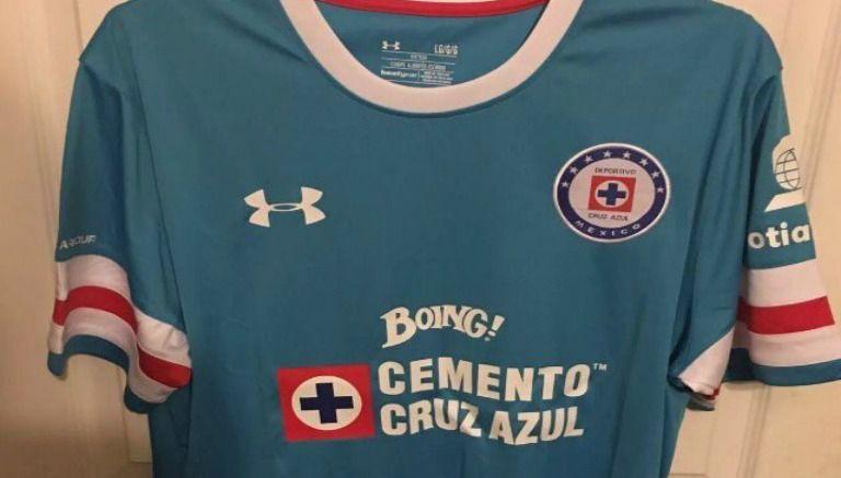 C AZUL camiseta