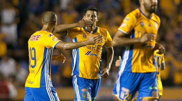 FBL-CONCACAF-TIGRES-HEREDIANO